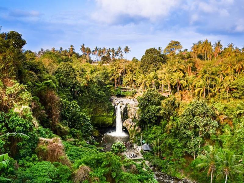 Bali Blue Lagoon Snorkeling and Waterfall Tour
