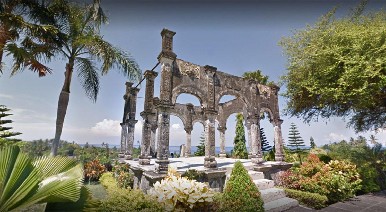 East Bali and White Sandy Beach Tour
